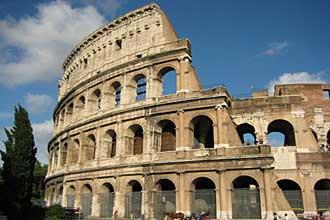 Colosseum_Rome330
