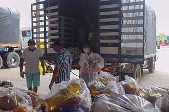 Photo of Diez mil mercados gestionados por el Gobernador llegaron a Casanare