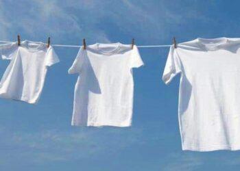 4 Manfaat Menggunakan Pemutih Pada Pakaian