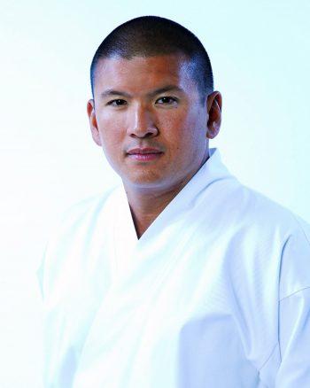headshot of David Lee