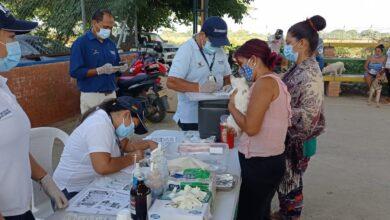 Photo of Con éxito se desarrolló jornada médica veterinaria en el barrio El Raudal