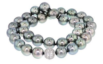 Real Pearls vs. Fake Pearls