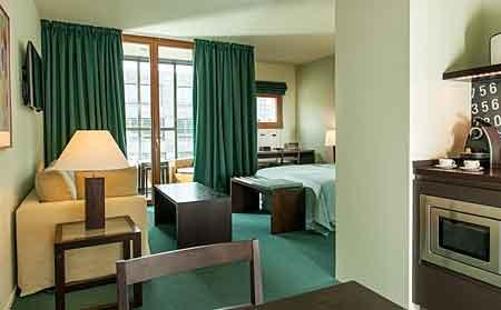 good apartment hotel close to brandenburger gate