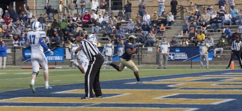 Deonte Glover making it into the end zone