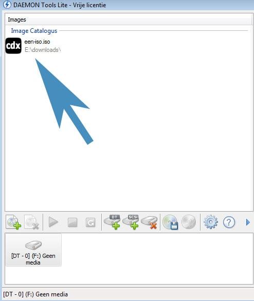 Het ISO bestand is geopend en bevindt zich in de bibliotheek met ISO bestanden die je met Daemon Tools kunt openen.