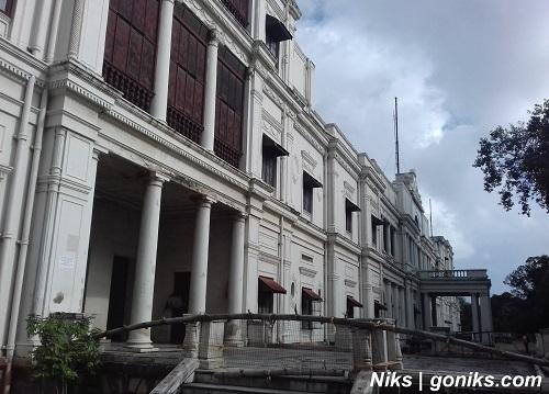 beautiful view of palace