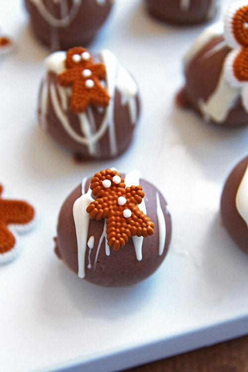 Gingerbread OREO Cookie Balls
