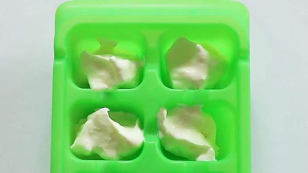 Ice Cube Tray of Instant Pot Yogurt