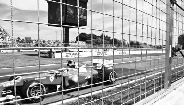 Fotografare auto da corsa