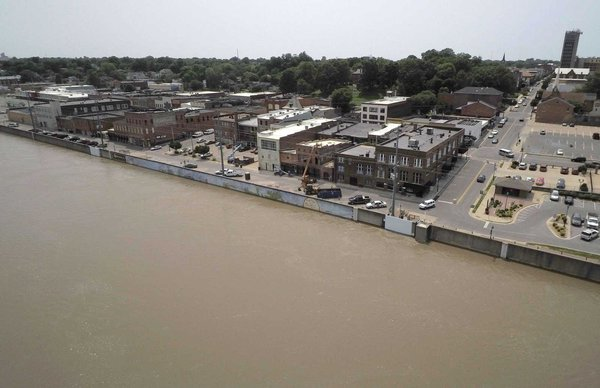 Mississippi River 2019 downtown Cape Girardeau, MO