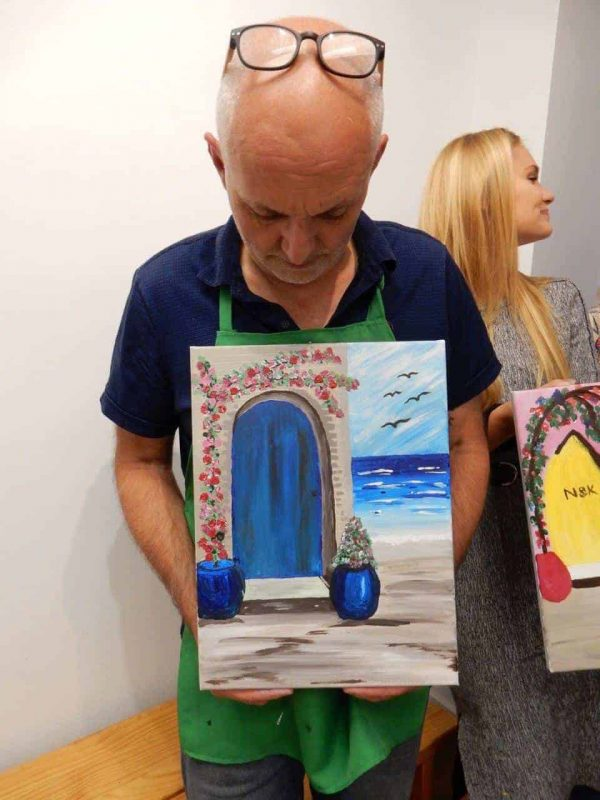 Sip and paint class in Melbourne