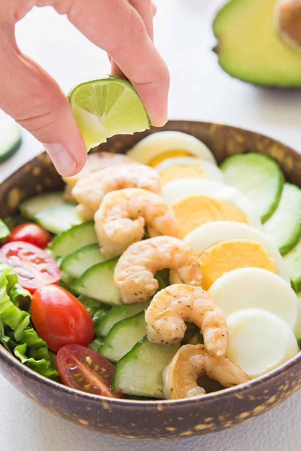 Avocado Shrimp Salad with Lime