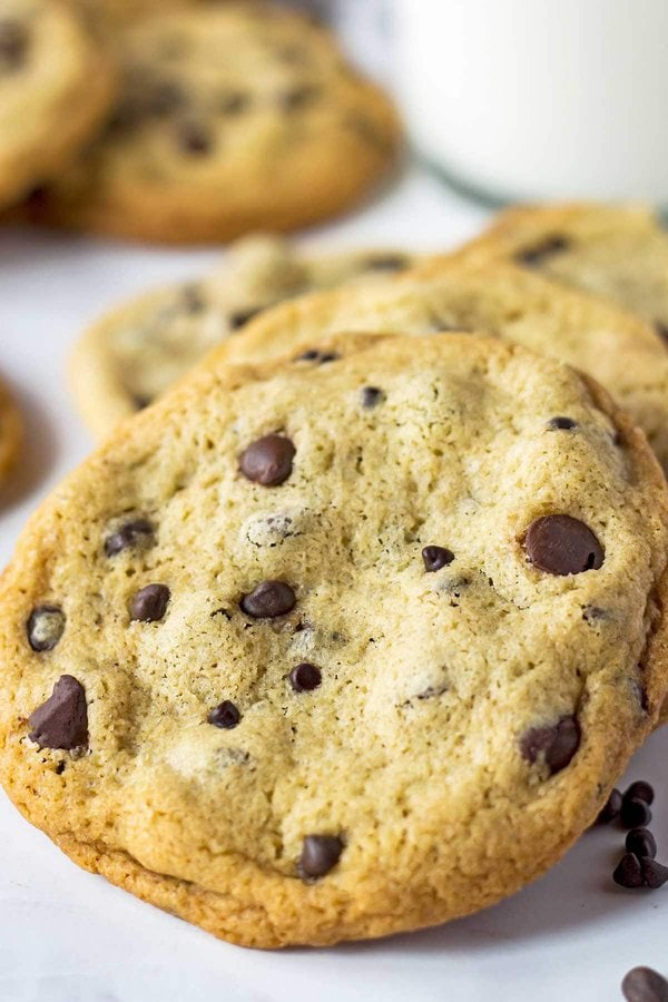 Best chocolate chip cookies with chocolate chips on top