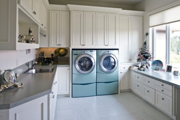 luxury vinyl tile for laundry room floor to give extra protective layer to the surface