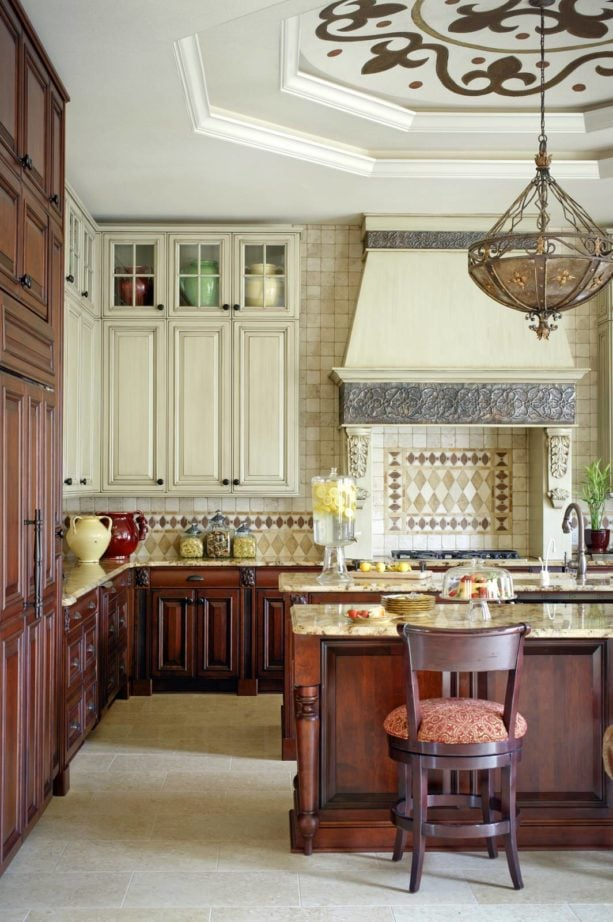 hinge corner cabinet