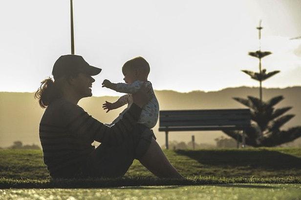 産後ダイエットは筋トレ!1歳4か月の子どもを見ながら出来るエクササイズとドタバタ劇
