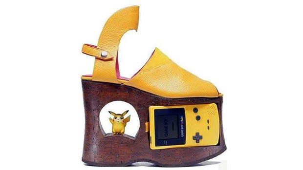 Weird gadget shoes