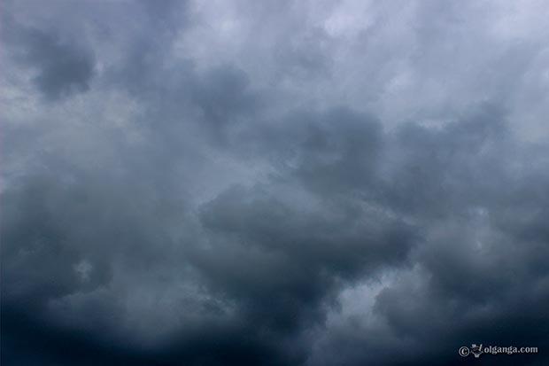 Heavy cloudy sky