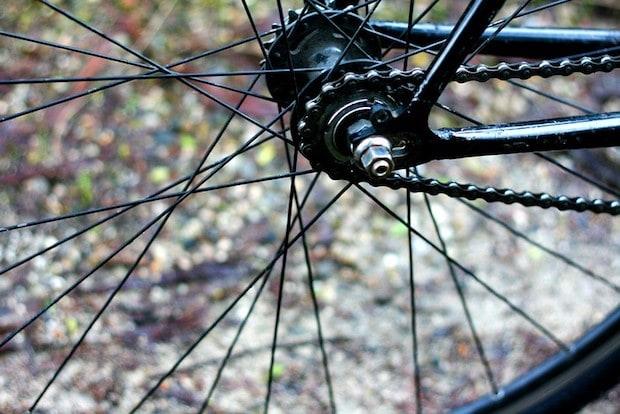 Flip flop hub on a single-speed bike
