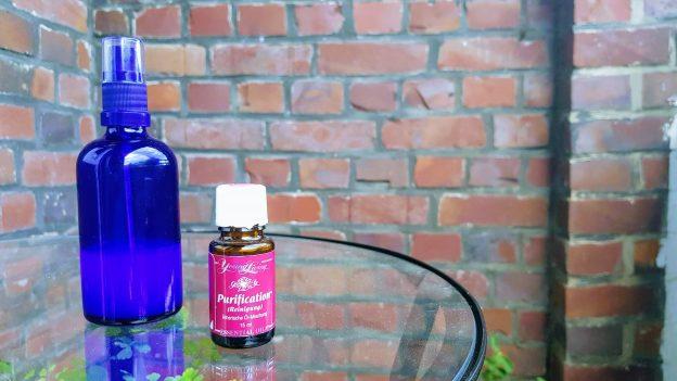 Sprayflasche und Purification ätherische Ölmischung von Young Living