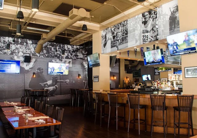 How to spend quality time at your nearest sports bar