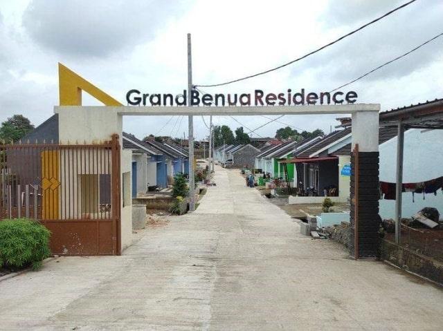 Gerbang Masuk Grand Benua Residence