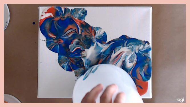 balloon smash in progress