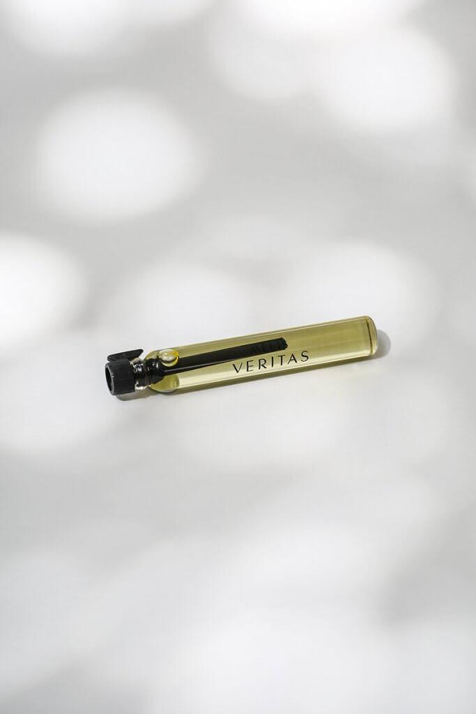 Veritas MELIS natural perfume sample