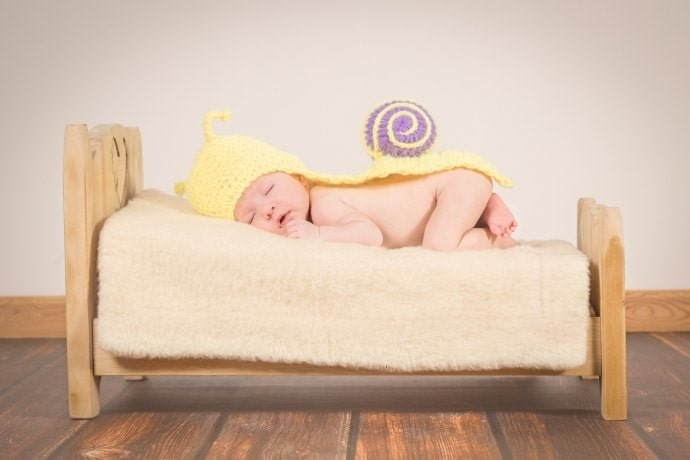 What-are-the-best-sleeping-positions-and-signs-for-babies