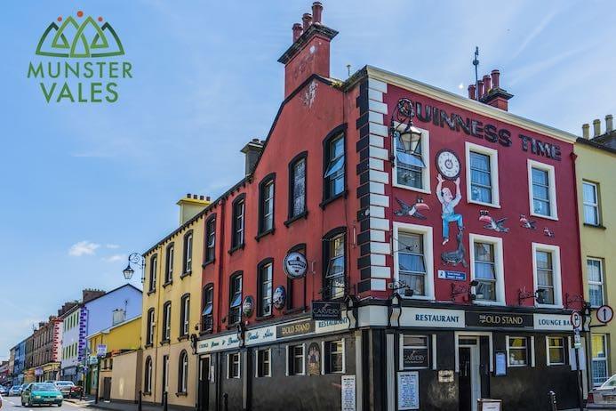 Kilmallock Travel Guide - Klmallock County Limerick medieval walled town Ireland,