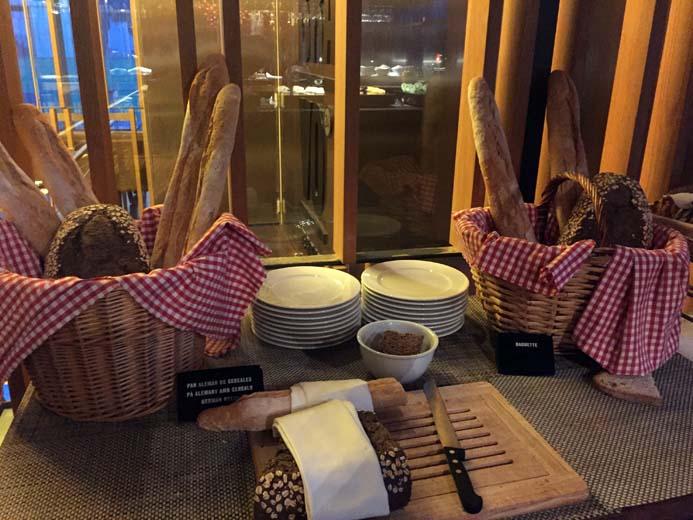 W Hotel Barcelona review breakfast in Bravo 24 restaurant