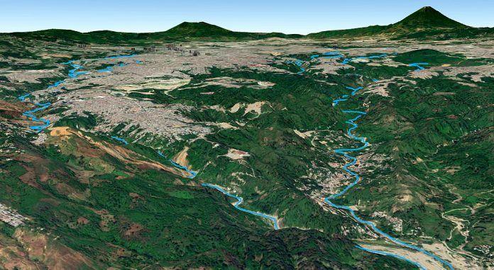 Los ríos Las Vacas (derecha) y Negro (izquierda) en sus recorridos por Ciudad de Guatemala hasta unirse a la salida en Chinautla