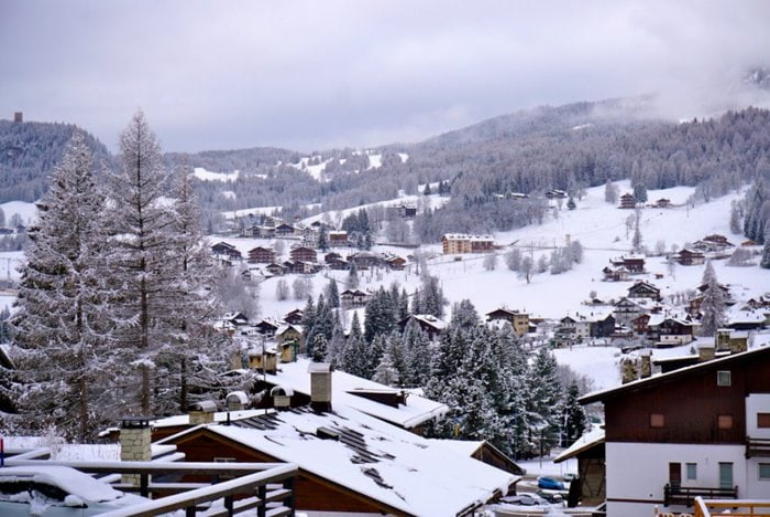 Cortina d'Ampezzo, Dolomites, Italy - Experiencing the Globe