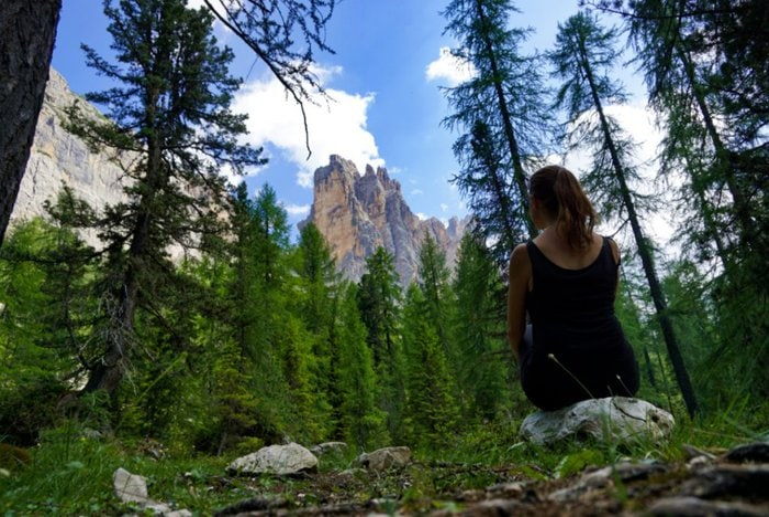Croda da Lago trail, Dolomites, Italy - Experiencing the Globe