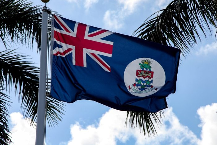 Cayman Islands flag – Experiencing the Globe