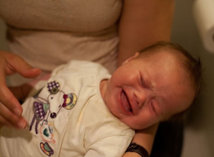 Learn how to calm your baby when she overtired