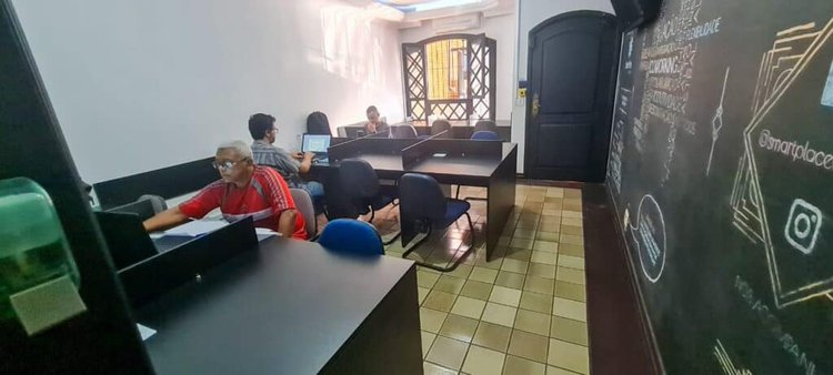 Smart Place Coworking - Mesas Rotativas