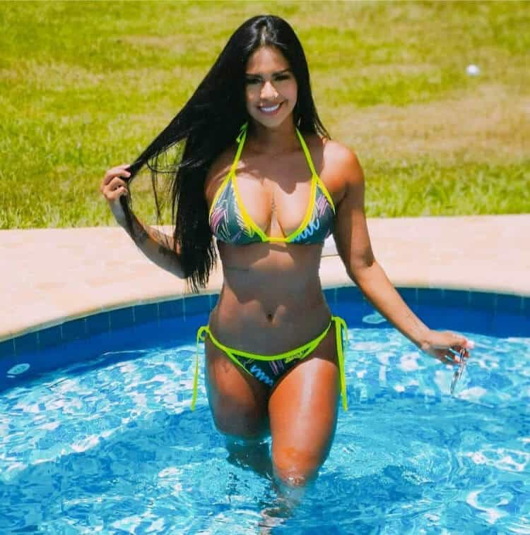 Sexy Girl From Colombia