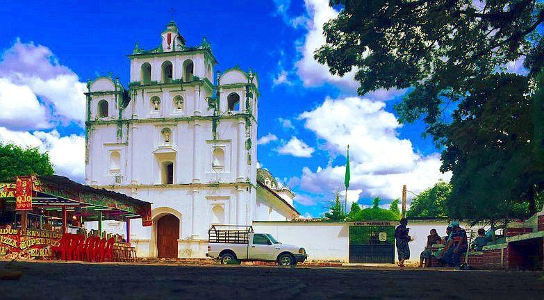Iglesia San  Miguel Chicaj