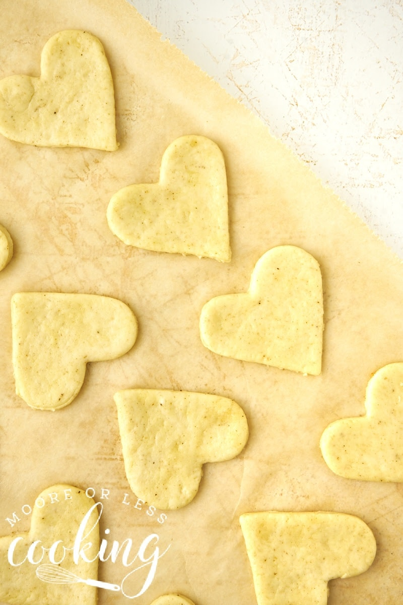 golden crispy olive oil and sea salt crackers