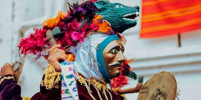 Danzante en Fiestas Patronales de Rabinal