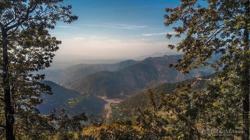 Awesome landscape of Uttarakhand mountains on the way to Tehri