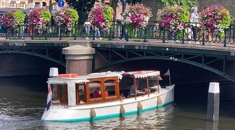 Boot huwelijksaanzoek Amsterdam