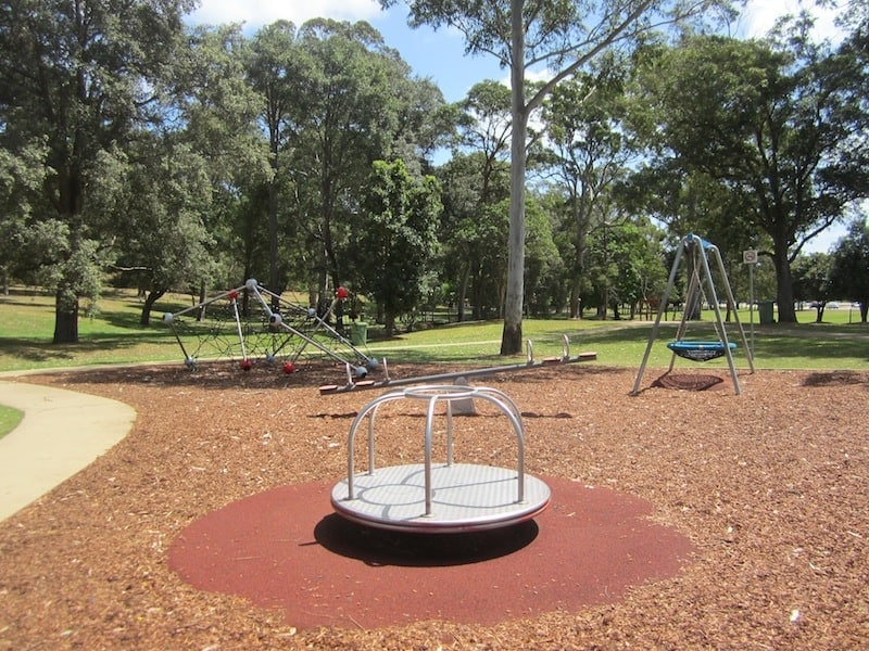 There's a surprisingly large number of things to do at Jesmond Park. Whether you feel like visiting a playground, having a picnic, going on a bushwalk or playing a game of frisbee golf, you can do it all at Jesmond Park.