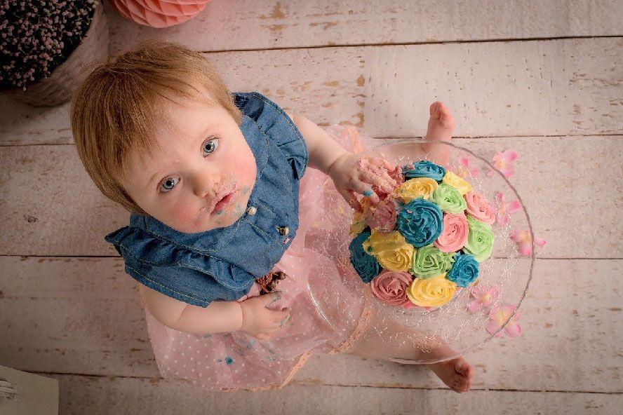 bebe tarta rosa xisco fuster fotografo