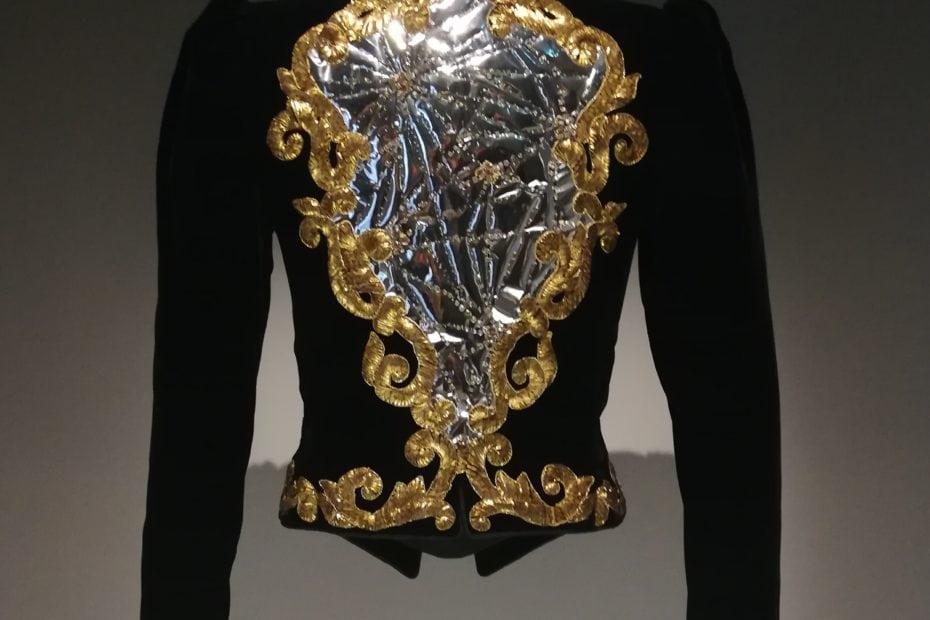Le Musée Yves Saint Laurent with Love from Paris 3