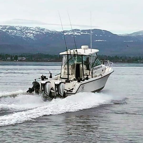 SALTWATER SALMON FISHING ON VANCOUVER ISLAND