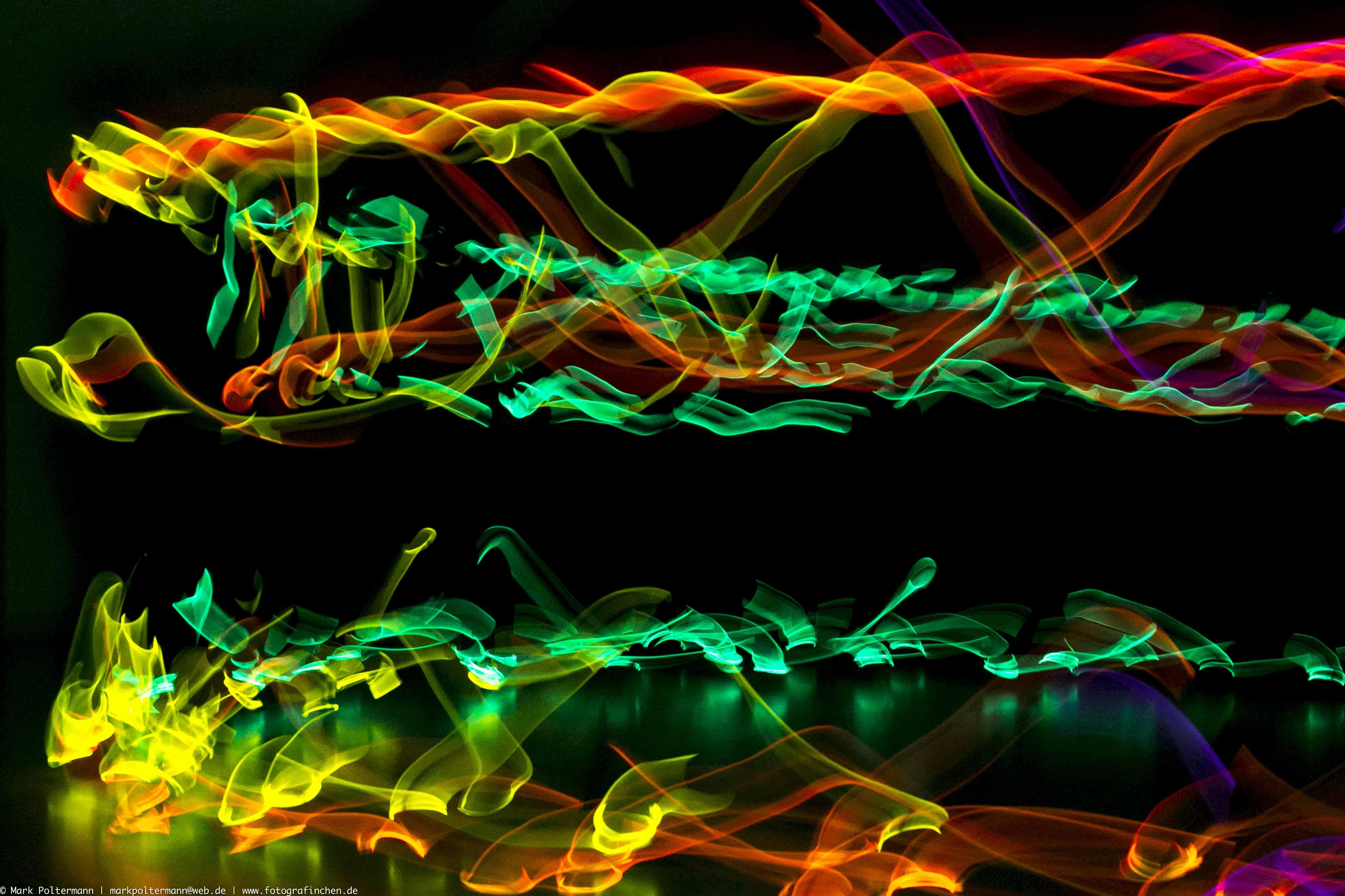 glowing-in-the-dark_20131130_001