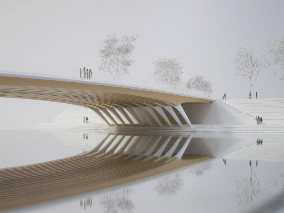Maquette d'urbanisme du pont de Ulm en Allemagne, Explorations architecture