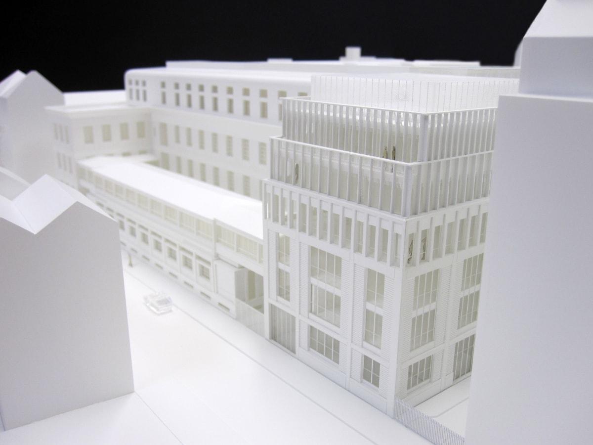 Maquette de l'extension de l'école normale supérieure d'architecture à Paris par l'Atelier Novembre